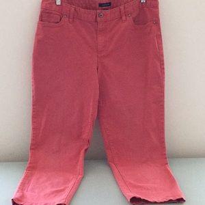 Women LE fit 2 size 14 cropped jeans. Coral